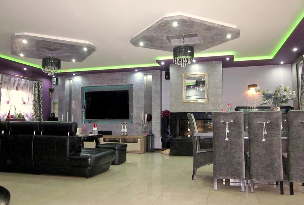 zdjęcie przedstawia salon w luksusowej rezydencji w Legnicy