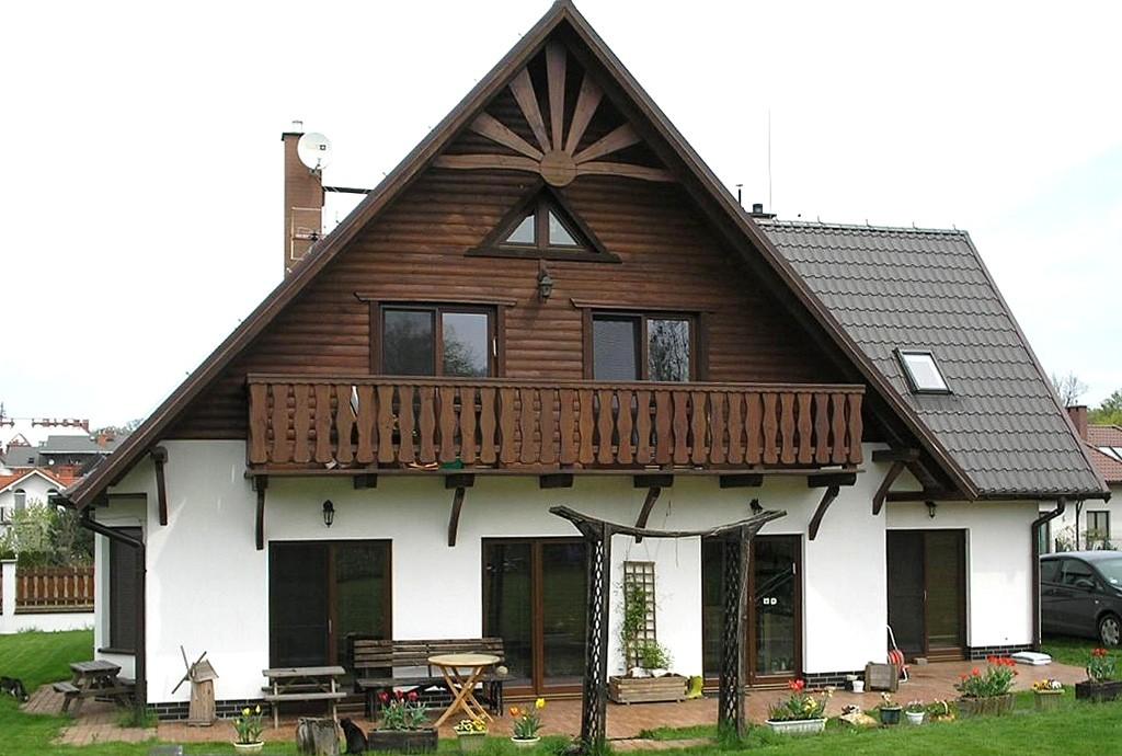 zdjęcie przedstawia willę w okolicy Wrocławia na sprzedaż