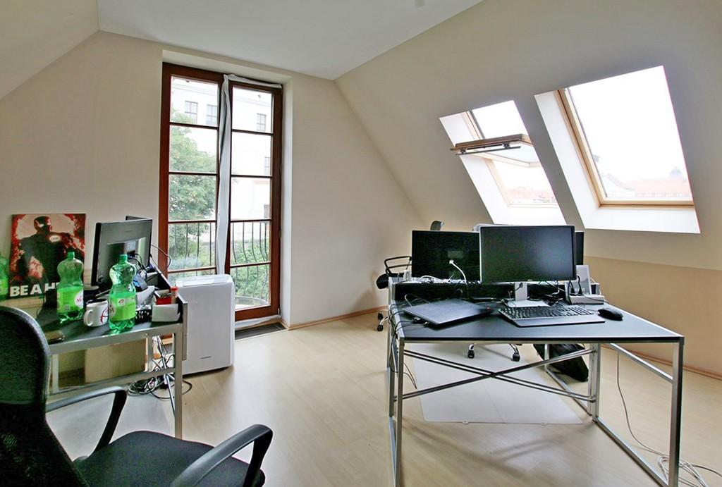 zdjęcie przedstawia drugą kondygnację apartamentu na wynajem w Szczecinie
