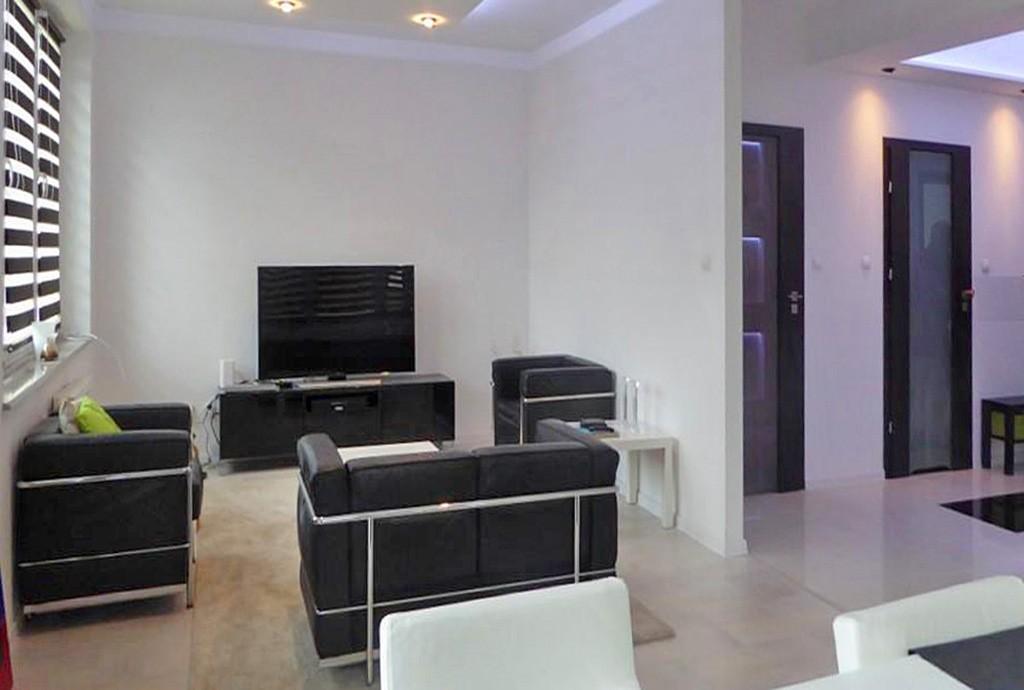 zdjęcie przedstawia salon w apartamencie w Piotrkowie Trybunalskim na wynajem