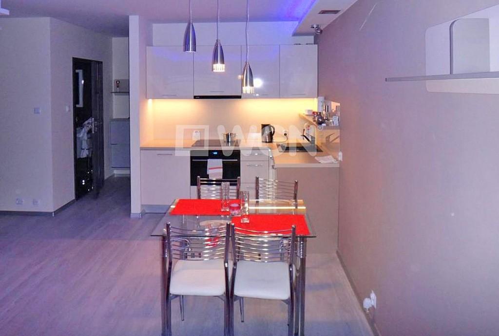 na zdjęciu aneks kuchenny w apartamencie w Szczecinie na wynajem