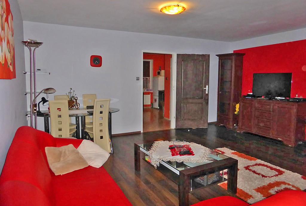 na zdjęciu salon w apartamencie do wynajęcia w Kwidzynie