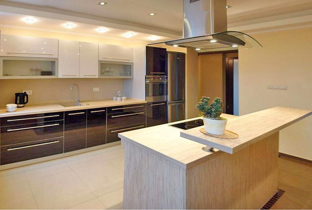 na zdjęciu luksusowo urzązony aneks kuchenny w apartamencie do wynajęcia w Legnicy