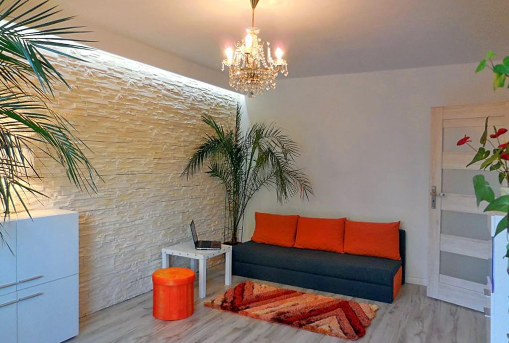 zdjęcie przedstawia salon w apartamencie w Katowicach do sprzedaży