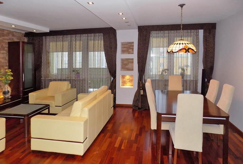 na zdjęciu ekskluzywne wnętrze luksusowego apartamentu do sprzedaży na Mazurach