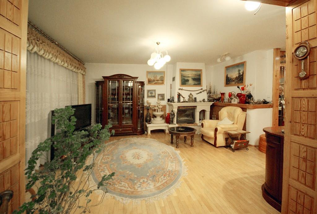 widok na ekskluzywne wnętrze apartamentu do sprzedaży w Lubinie