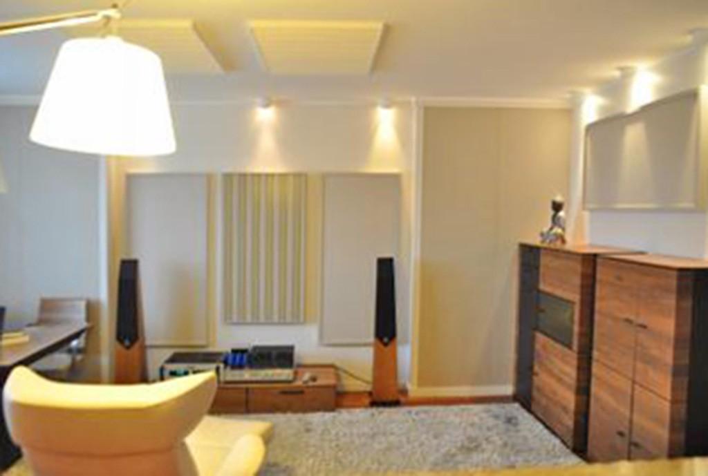 na zdjęciu salon w luksusowym apartamencie do sprzedaży w okolicach Katowic