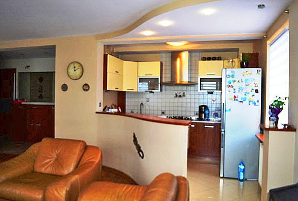 zdjęcie przedstawia ekskluzywne wnętrze apartamentu do sprzedaży w Wałbrzychu
