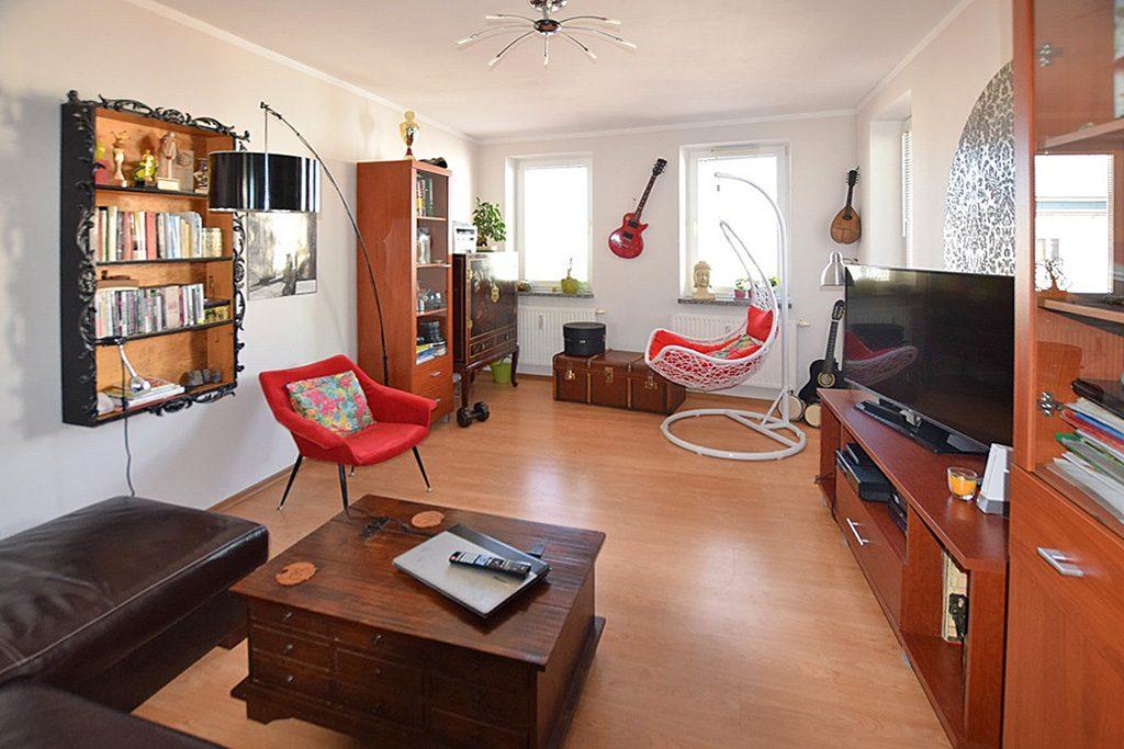 widok na salon w luksusowym apartamencie do sprzedaży w Białymstoku