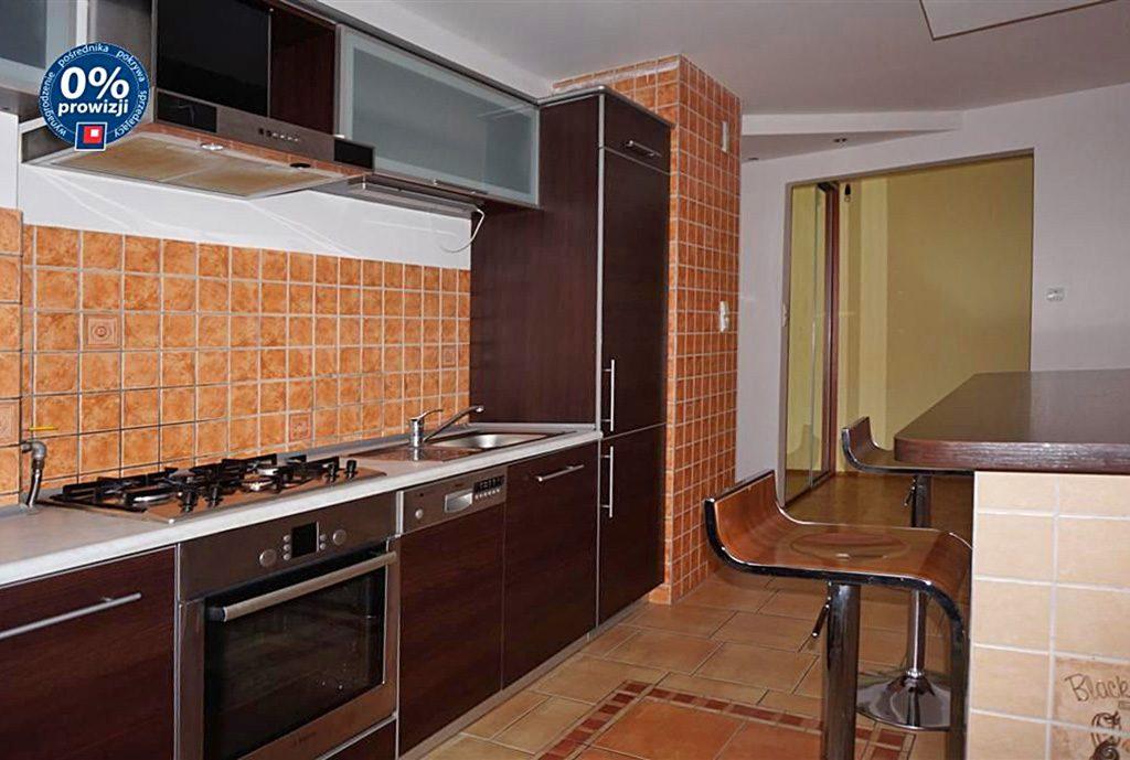 na zdjęciu luksusowo wyposażony apartament do sprzedaży we Wrocławiu