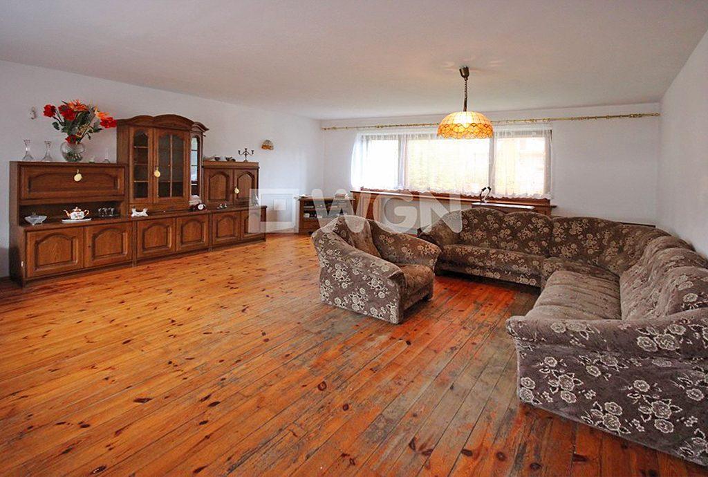 ekskluzywny salon w luksusowej willi do sprzedaży w okolicach Szczecina