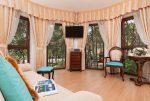 fragment komfortowego wnętrza luksusowego pensjonatu do sprzedaży w Pobierowie