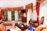 zdjęcie przedstawia salon w luksusowym pensjonacie w Pobierowie na sprzedaż