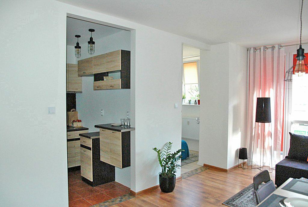 zdjęcie prezentuje luksusowe wnętrze ekskluzywnego apartamentu do wynajęcia w Szczecinie