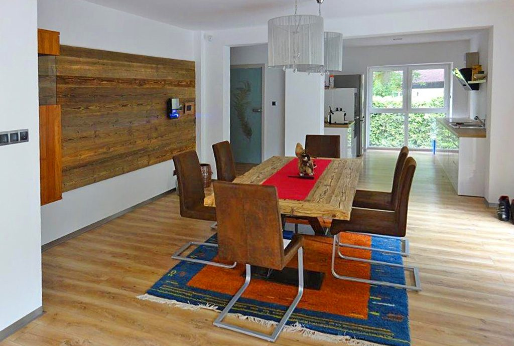 jadalnia i salon w luksusowej willi do sprzedaży w okolicach Bielska-Białej