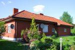 rzut od stroy ogrodu na ekskluzywną willę do sprzedaży w okolicy Piotrkowa Trybunalskiego
