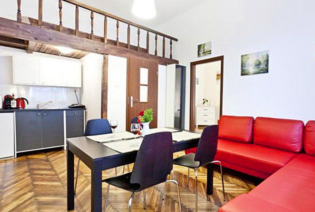 ekskluzywny salon w luksusowym apartamencie do sprzedaży w Krakowie