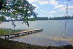 fragment linii brzegowej jeziora należący do ekskluzywnej willi na Mazurach na sprzedaż