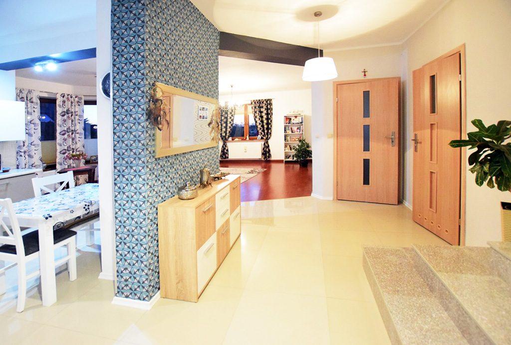 nowoczesne wnętrze ekskluzywnej willi do sprzedaży w Suwałkach