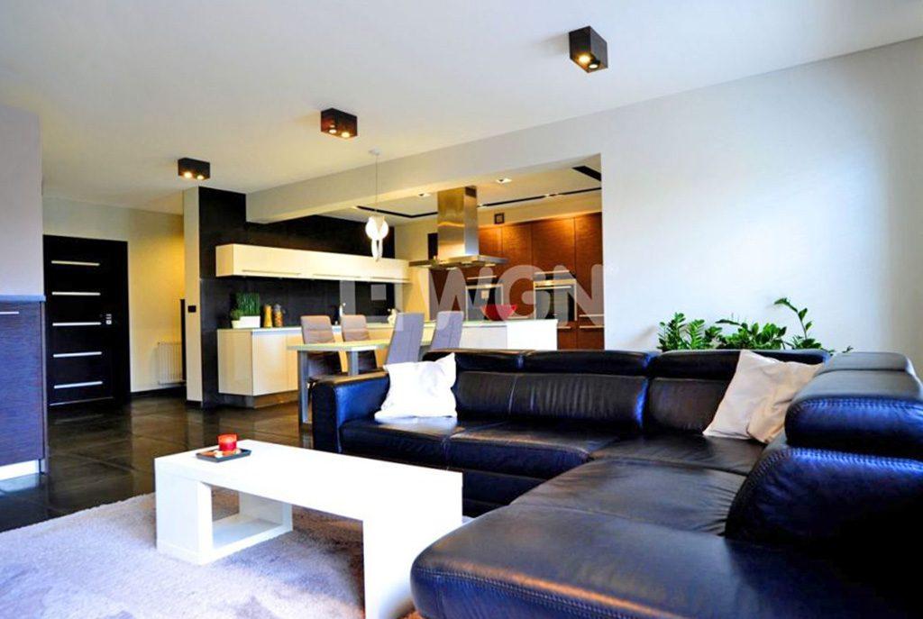 ekskluzywny salon w luksusowym apartamencie do sprzedaży w okolicach Katowic