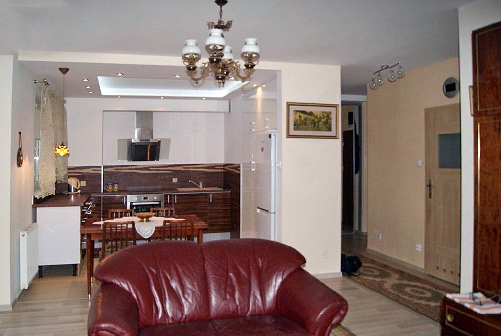 prestiżowy salon w ekskluzywnym apartamencie do sprzedaży we Wrocławiu