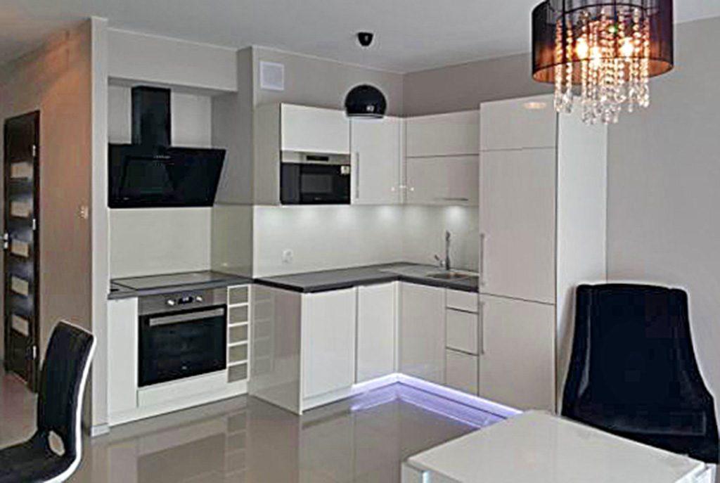nowoczesny aneks kuchenny w ekskluzywnym apartamencie do wynajęcia w Szczecinie