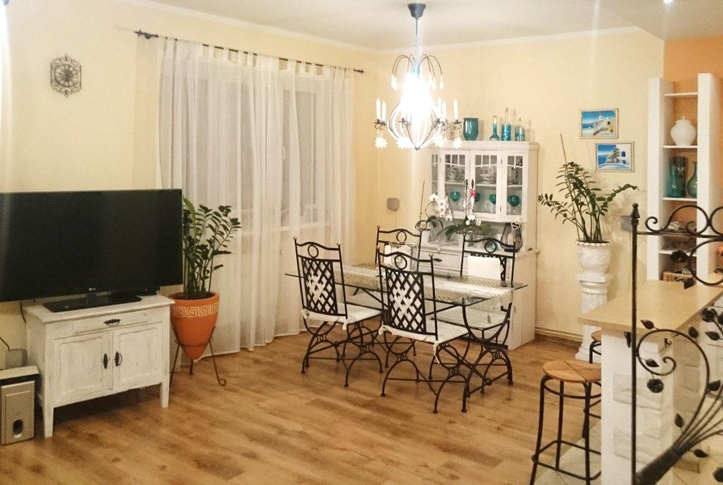 stylowe wnętrze ekskluzywnego apartamentu do sprzedaży w okolicach Legnicy