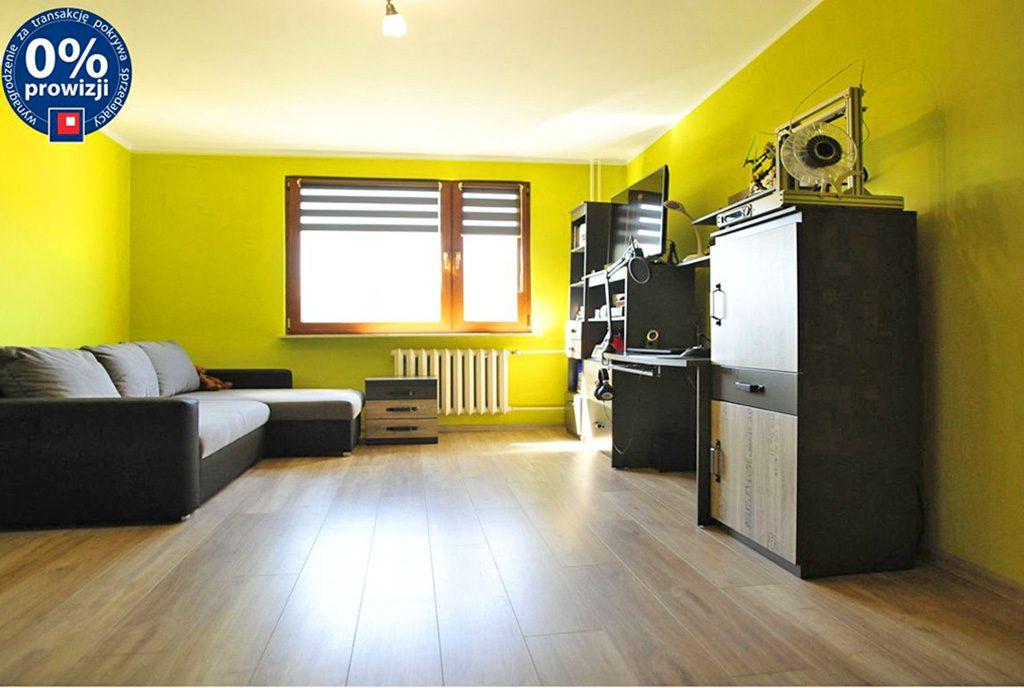 przestronne wnętrze luksusowego apartamentu do sprzedaży w okolicach Katowic