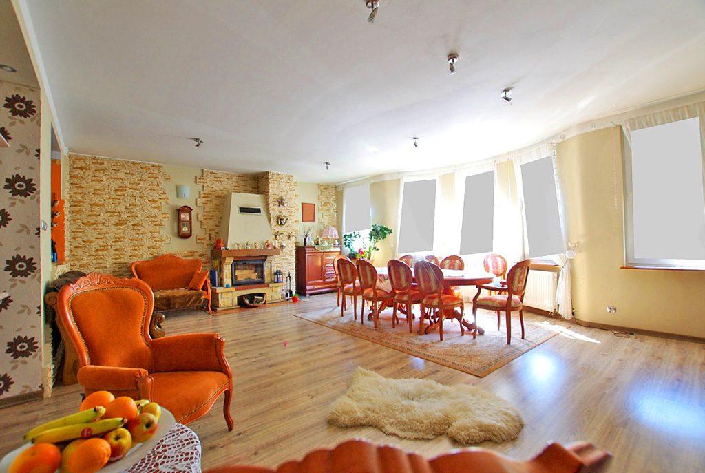 przestronne wnętrze ekskluzywnego apartamentu do sprzedaży w okolicach Legnicy