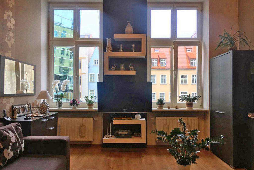 fragment ekskluzywnego salonu w luksusowym apartamencie do sprzedaży we Wrocławiu