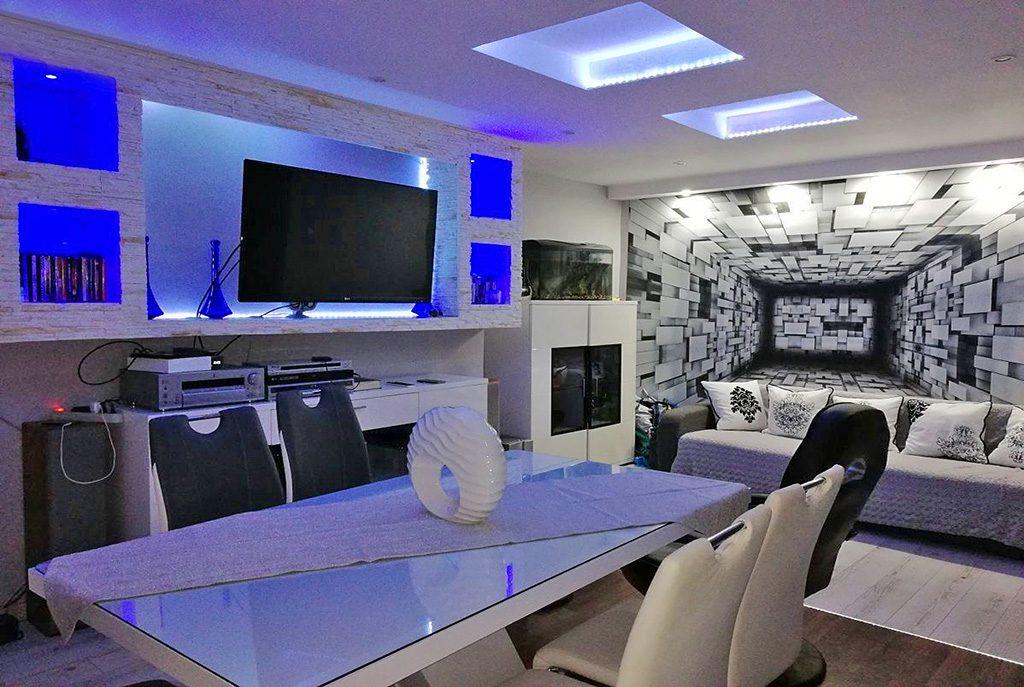 nowoczesny salon w ekskluzywnym apartamencie do sprzedaży w okolicach Zielonej Góry
