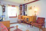 eleganckie wnętrze salonu w luksusowej willi we Wrocławiu na sprzedaż