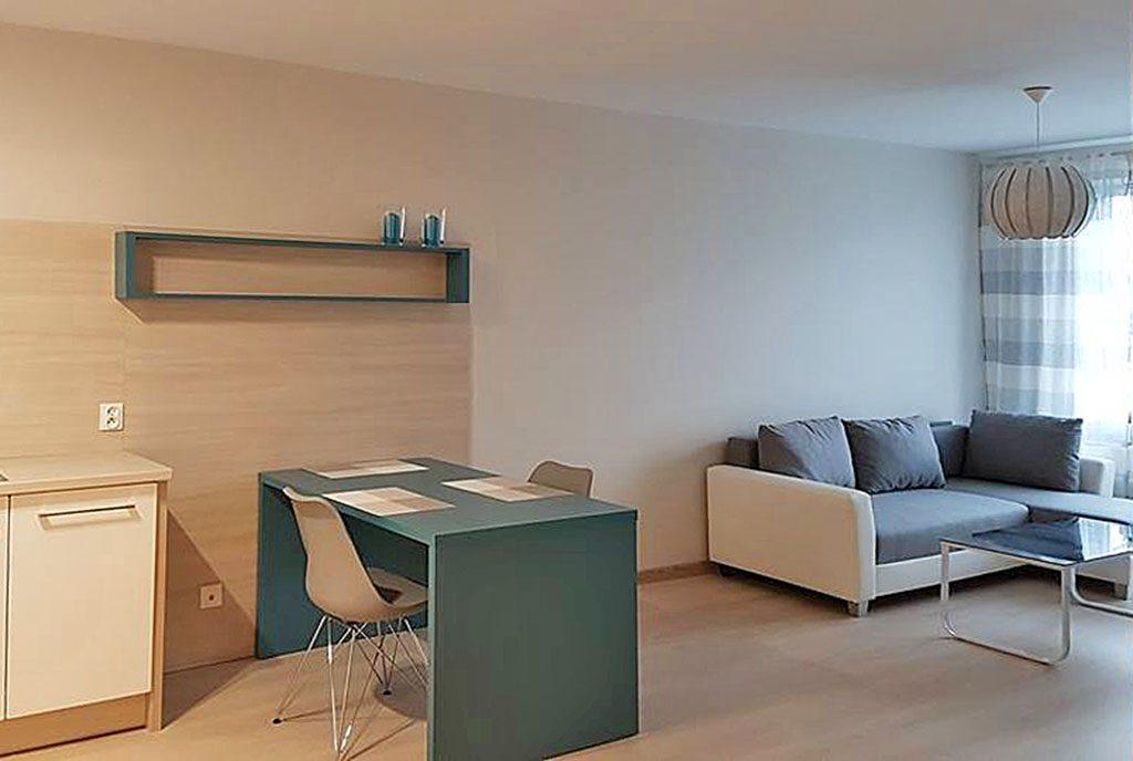 nowoczesny salon w ekskluzywnym apartamencie do wynajęcia w Szczecinie