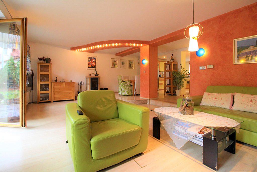 prestiżowy salon w ekskluzywnej willi do wynajęcia w Krakowie