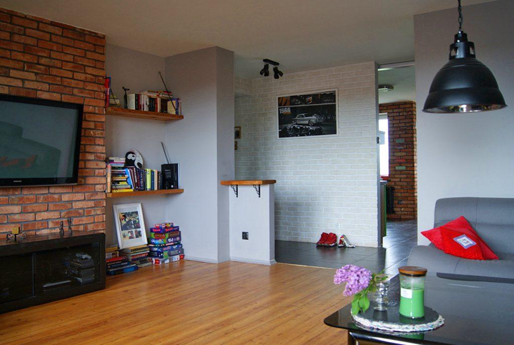 prestiżowy salon w ekskluzywnym apartamencie do sprzedaży na Mazurach