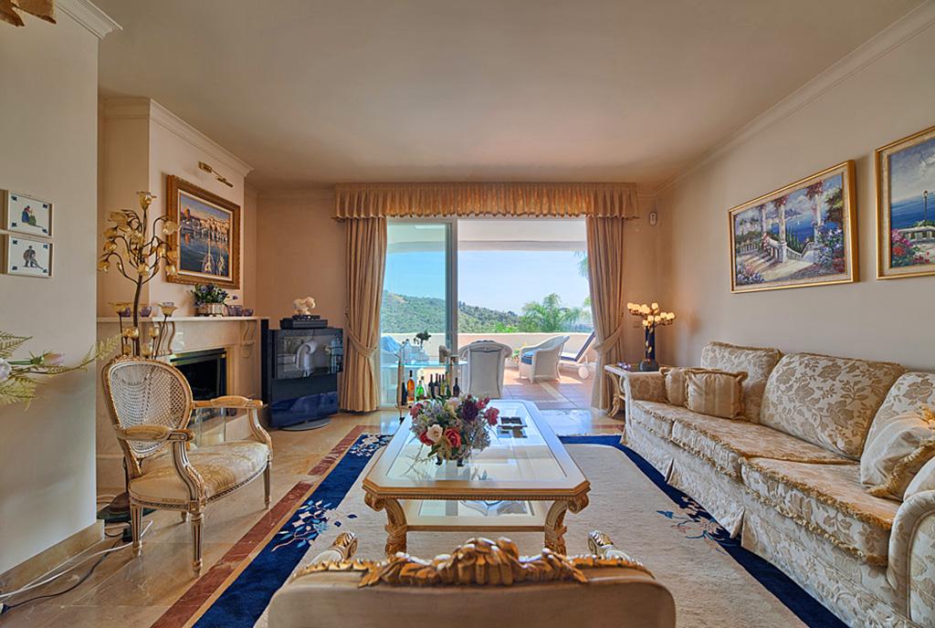 prestiżowe wnętrze ekskluzywnego apartamentu do sprzedaży w Costa del Sol, Marbella (Hiszpania)