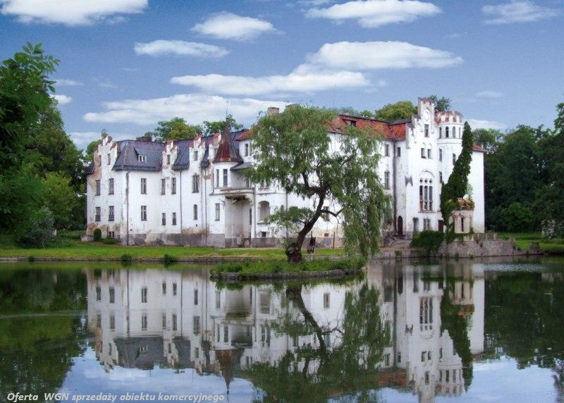 Jak luksusowe, ekskluzywne inwestycje hotelowe wpływają na ceny pobliskich nieruchomości?