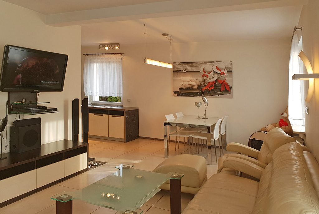 prestiżowe wnętrze w stylu klasycznym w ekskluzywnym apartamencie do sprzedaży Katowice