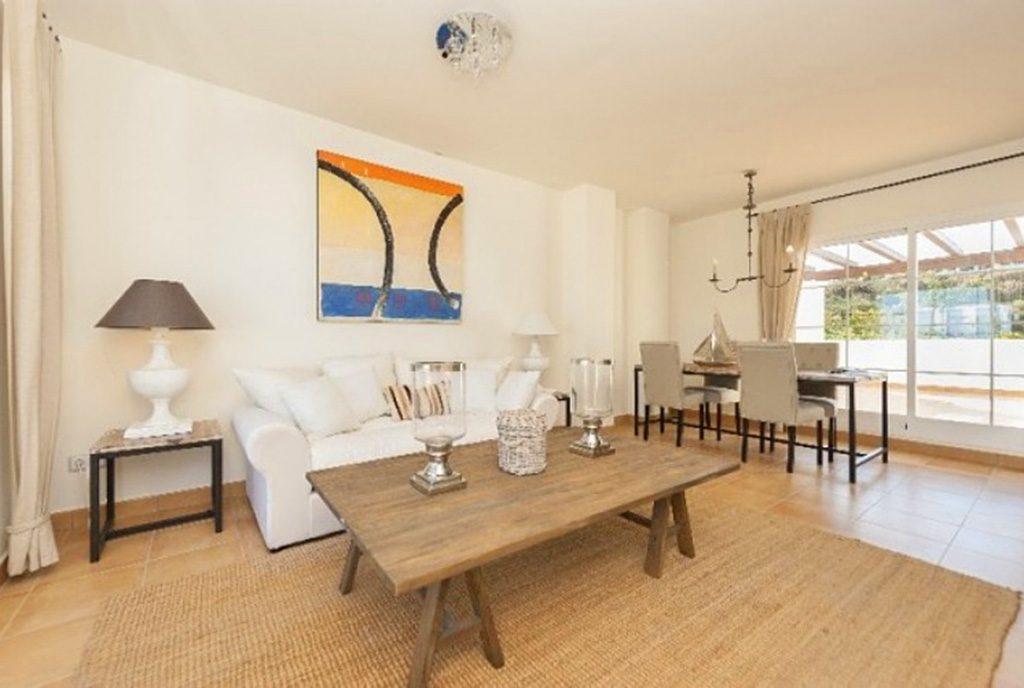 prestiżowy salon w ekskluzywnym apartamencie do sprzedaży Hiszpania (Costa del Sol, Kadyks)