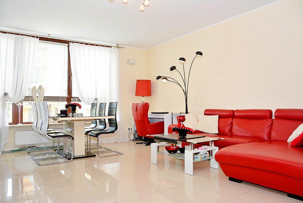 prestiżowy salon w ekskluzywnym apartamencie do sprzedaży Poznań
