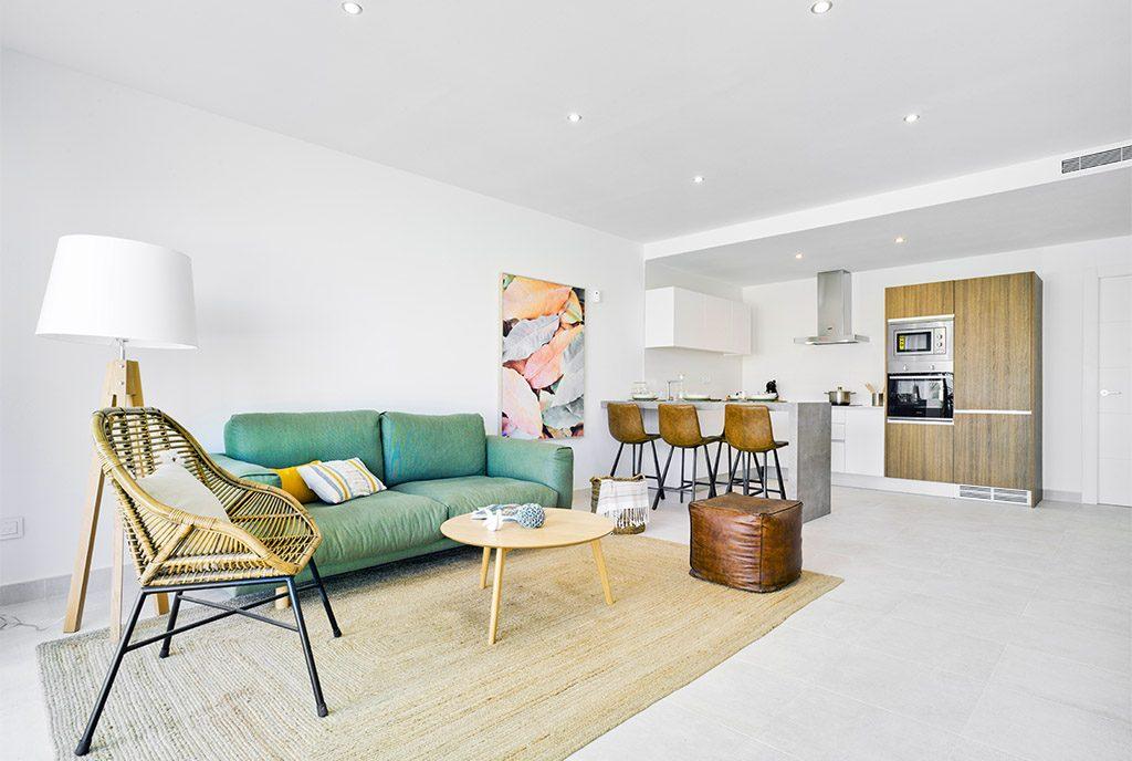 przestronne i słoneczne wnętrze ekskluzywnego apartamentu do sprzedaży Hiszpania (Pilar De La Horadad)