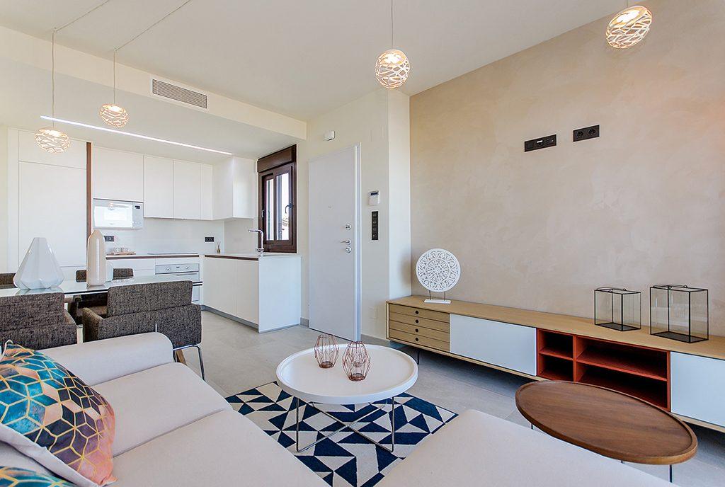 prestiżowy salon w ekskluzywnym apartamencie do sprzedaży Torreviej (Hiszpania)