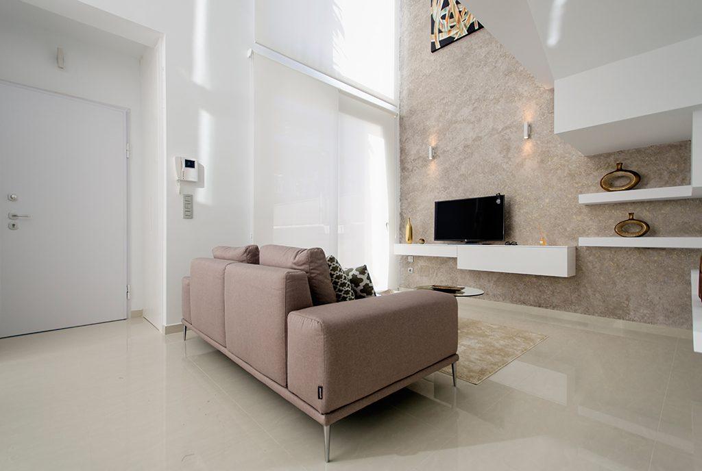 komfortowy salon w ekskluzywnej willi do sprzedaży Hiszpania (Ciudad Quesad)