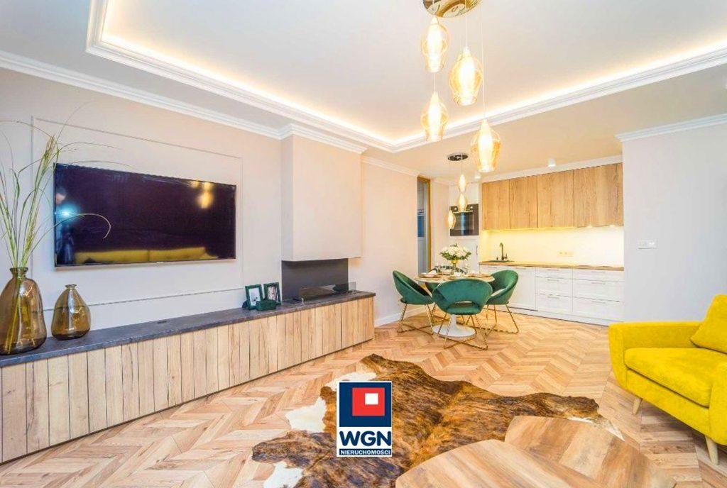 kameralny salon w ekskluzywnym apartamencie na sprzedaż Gdańsk