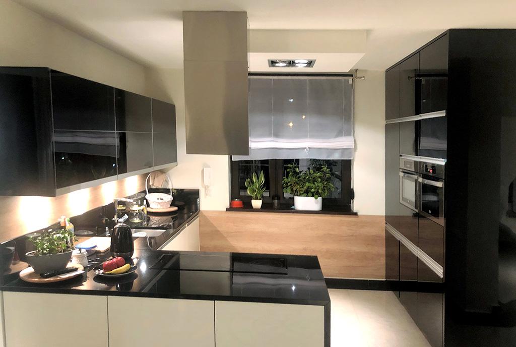 zabudowana kuchnia w luksusowej willi do sprzedaży Bielsko-Biała (okolice)