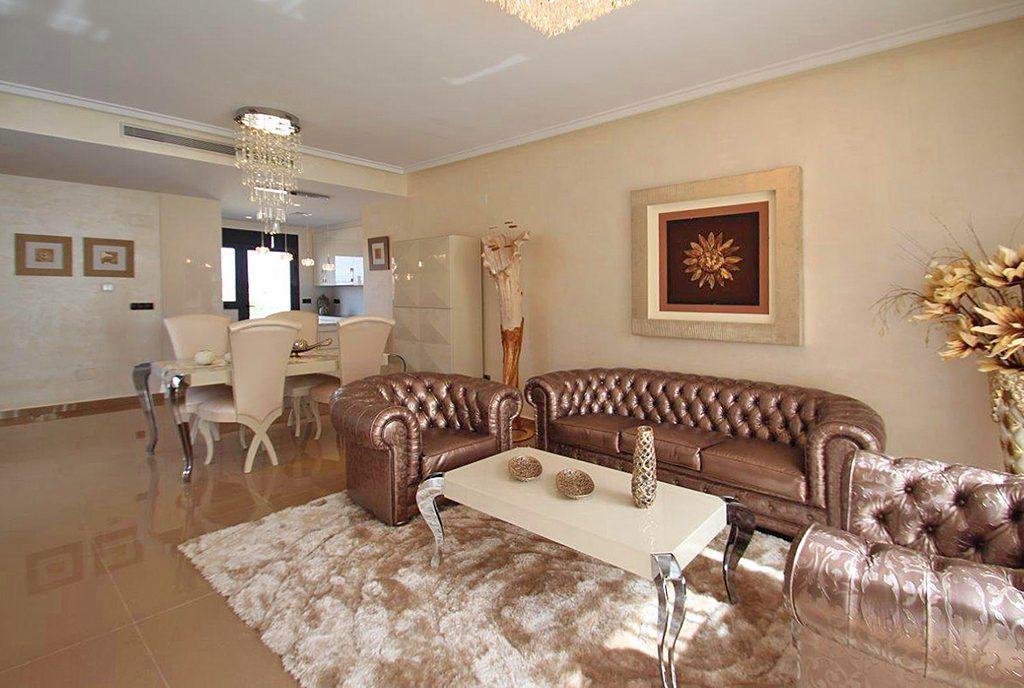 kameralny salon w ekskluzywnej willi do sprzedaży Hiszpania (San Miguel De Las Salina)