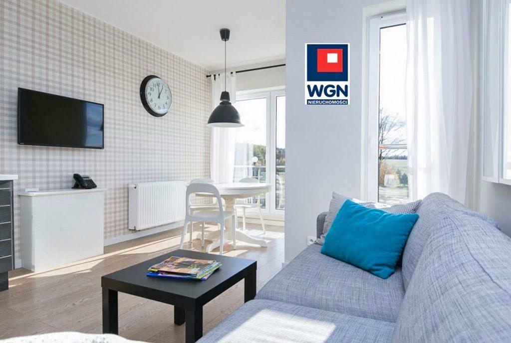 zaprojektowane w skandynawskim stylu wnętrze ekskluzywnego apartamentu do sprzedaży Gdynia (okolice)