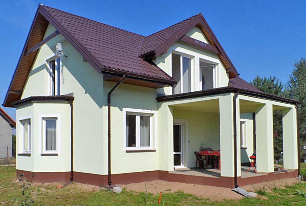 reprezentacyjne wejście do luksusowej willi na sprzedaż Piotrków Trybunalski (okolice)
