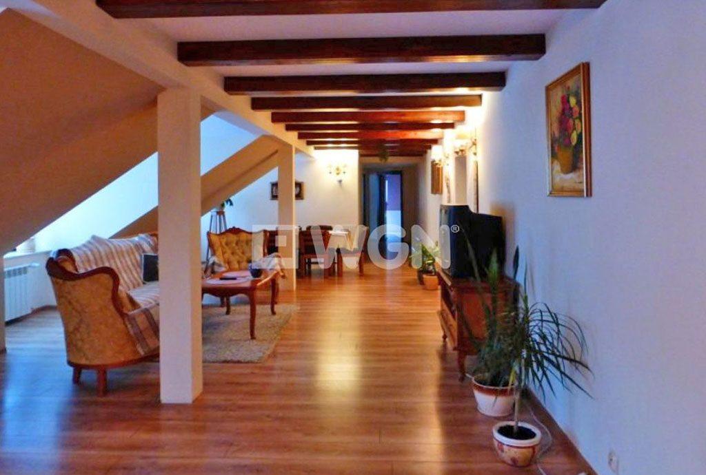 komfortowe i prestiżowe wnętrze ekskluzywnej willi na sprzedaż Kielce (okolice)