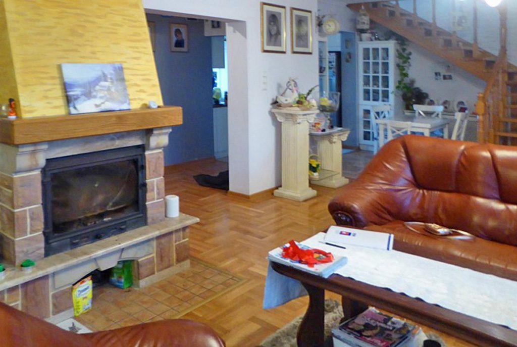 zbliżenie na część salony w ekskluzywnej willi do sprzedaży Piotrków Trybunalski (okolice)